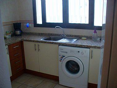 2301201920745_ApartmentCastillo007.jpg